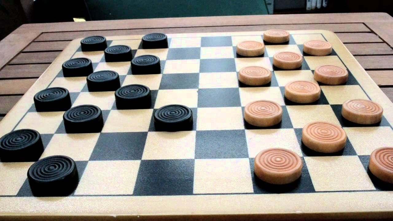 Правила игры в шашках для начинающих